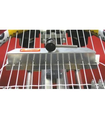 Stringway MK2 Cross stringing tool LD - Stringway MK2 Cross HD/LD opstrengningsværktøjer gør vævning af cross-strenge til en fornøjelse: Meget holdbare aluminiumsværktøjer. Bekvem vævning af mono- og tarmstrtenge - lige så let som nylon strenge Ingen ømme fingre længere. Ingen rygsmerter, ingen
